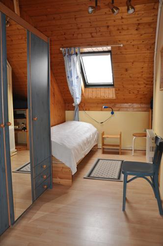 wohnung dg ferienwohnungen seebrise kellenhusen ostsee. Black Bedroom Furniture Sets. Home Design Ideas